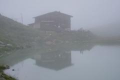 Bergerseehütte im Nebel